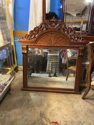 Antique mirror Fayettville ga for Sale in Fayetteville, GA
