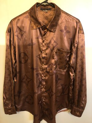LV silk Shirt sz M . Excellent condition worn light ! No trades ! for Sale in Silver Spring, MD