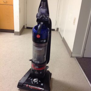 Bissell Vacuum cleaner works Great East Los Angeles for Sale in Montebello, CA