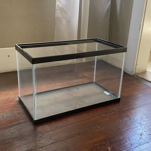 10gal Fish Tank for Sale in Los Angeles, CA