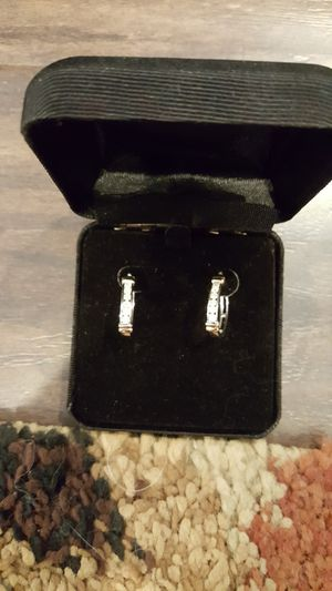 Earrings gold and diamonds for Sale in Placentia, CA
