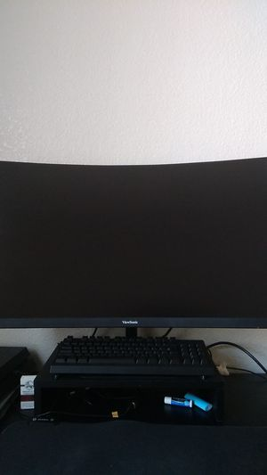 """ViewSonic 32"""" 1440p 144Hz Gaming monitor for Sale in Glendale, AZ"""