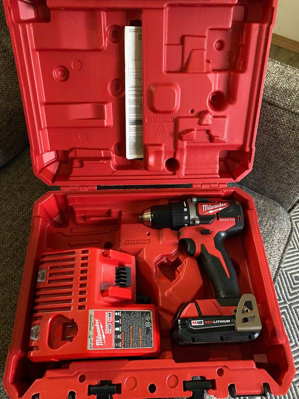 Milwaukee new drill battery and charger