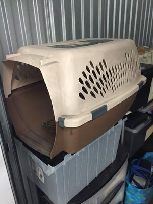 Dog Carrier Crate for Sale in Chicago, IL