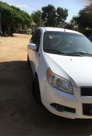 2011 Chevy Aveo5 LT -// need gone selling as is —-serious inquires for Sale in Perris, CA