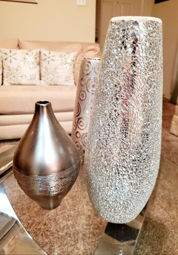 Silver decorative vases / Home accent Decor