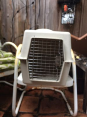 Dog crate for Sale in Houston, TX