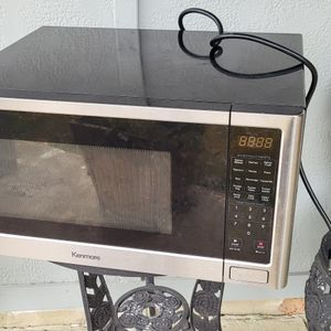 Free Microwave for Sale in The Colony, TX
