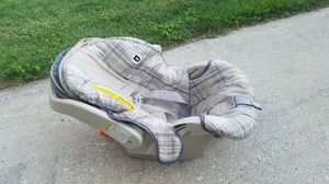 GRACO infant car seat for Sale in Westchester, IL