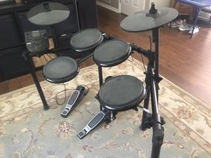 Alesis Electric Drum Set for Sale in Marvin, NC