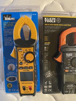 600A AC To 200A AC TRMS Clamp Meter,Tightsight W/Flashlight , NCVT & Temp for Sale in SeaTac,  WA