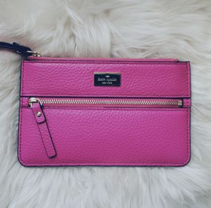 New kate spade wristlet for Sale in Chicago, IL