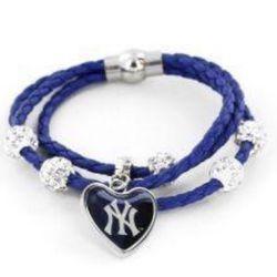 New York Yankees Braided Cords Bracelet for Sale in Baldwin Park,  CA