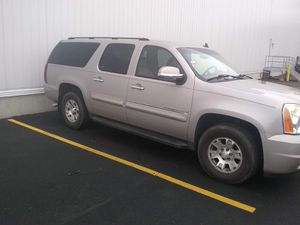 2007 GMC YUKON XL for Sale in Chicago, IL