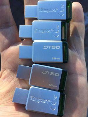 """4,000 MIL CANCIONES EN MEMORIA USB DE 16GB MARCA """" KINSGTON 16.GB 3.0 """" ORIGINAL CALIDAD ! GRAN VARIEDAD DE SURTIDO EN MUSICA, 📱48o7o28426 for Sale in Salt Lake City, UT"""