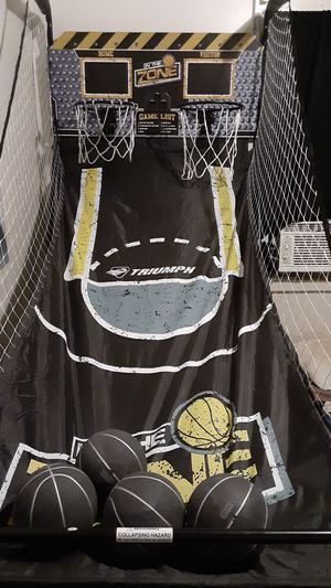 Basketball hoop for Sale in Beloit, WI