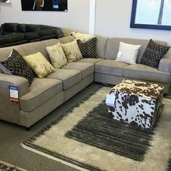 Brand New Sectional Sleeper!! Financing And Delivery Available !! for Sale in Des Plaines,  IL