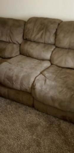 Sofa And Love Seat for Sale in Vancouver,  WA