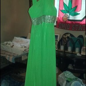 Size 6 Prom/formal Dress•NEW w-tags•$40 for Sale in Columbus, OH