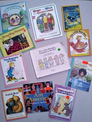 Lot of 11 Picture Children's Books. Easy Reading Books. Kindergarten Books. for Sale in Riverside, CA