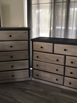 Dresser And Chest Of Drawers for Sale in Anaheim, CA