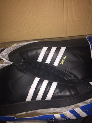 Adidas Black And Gold Highs for Sale in Bronx, NY