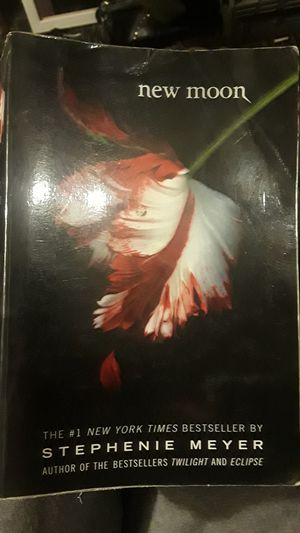 New moon by Stephanie Meyer for Sale in Mitchell, IL