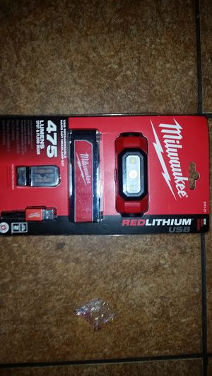 Milwaukee REDLITHIUM HeadLight for Sale in Portland, OR