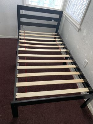 Full Bed Frame Wood Dark Brown Only Used One Month Like New $40 for Sale in Compton, CA