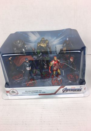 Marvel avengers deluxe figure set Captain America Iron Man hulk Add man Thor thanos for Sale in La Habra, CA
