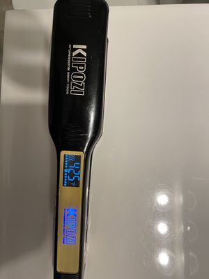 Hair straightener Kipozi with lcd display for Sale in GRANDVIEW, OH