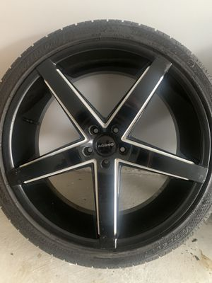"22"" Rosso affinity rims and tires for Sale in Bedford Park, IL"