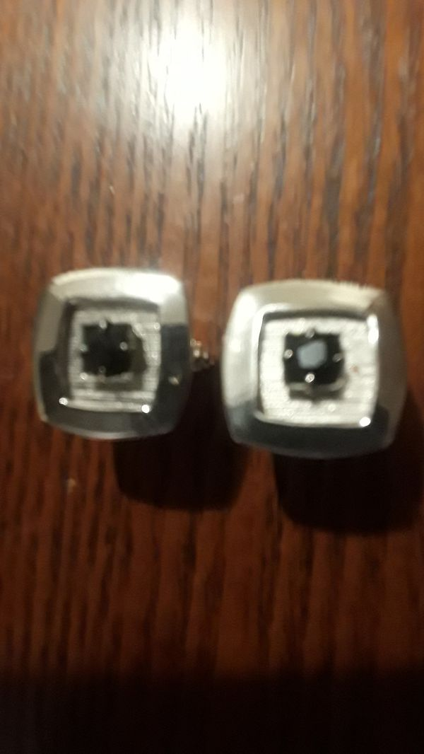 Gorgeous cufflinks. BEST OFFER!!