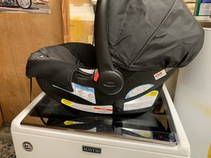 Graco car seat for Sale in Newport News, VA
