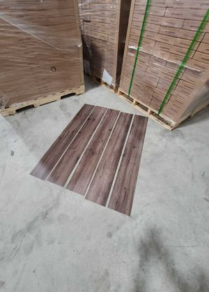 Luxury vinyl flooring!!! Only .65 cents a sq ft!! Liquidation close out! N2P W for Sale in El Paso, TX