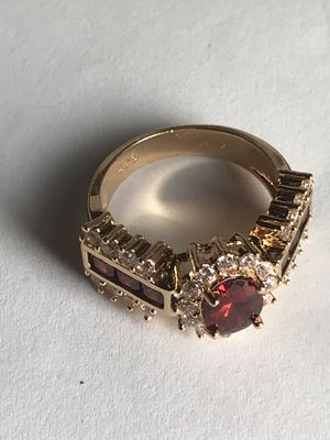 Ruby Gold Ring (French Edition) for Sale in Bloomington, IL