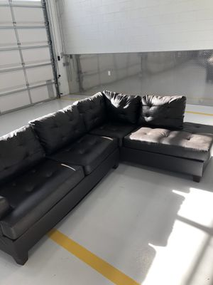 Dark brown Couch for Sale in Phoenix, AZ