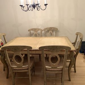 Fortunoff Dining Table w 6 Chairs and 1 sleeve for Sale in Long Branch, NJ