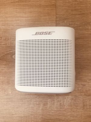 Bose SoundLink Color Bluetooth speaker II for Sale in Los Angeles, CA