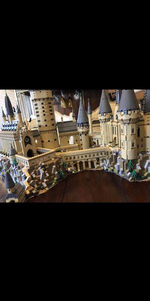 Lego Harry Potter Hogwarts castle set for Sale in Amlin, OH