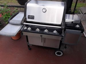 Weber Summit gold stainless steel LP gas grill for Sale in Orlando, FL