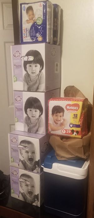 Baby diapers size 4 &5 for Sale in Sanford, NC