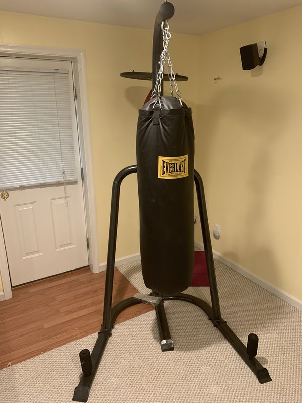 Everlast Dual Boxing Bag and Stand
