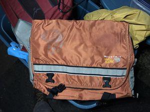 Mountain hardwear messenger bag laptop for Sale in Wenatchee, WA