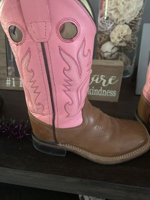 Girls boots for Sale in Brownsville, TX