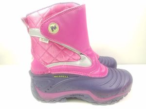Merrell (Big girl) Youth Girls Winter Slip On Snow Boots Size 2 Pink Purple for Sale in Walton Hills, OH