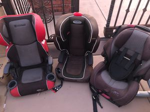 Free car seats first come first serve no messages for Sale in Fontana, CA