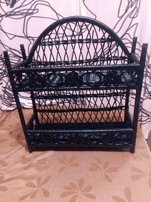 Small Wicker shelf for Sale in Hemet, CA