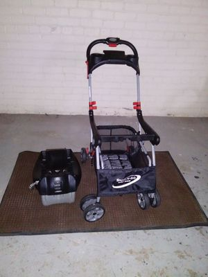 Carrier base/ stroller base for Sale in Grosse Pointe Park, MI