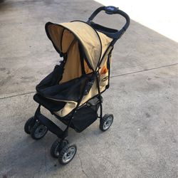 Jeep Dog Stroller for Sale in Los Angeles,  CA